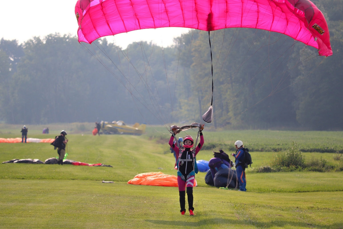 Top 5 Reasons To Skydive   WNY Skydiving
