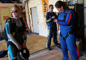 Jumpsuits for cold weather skydiving