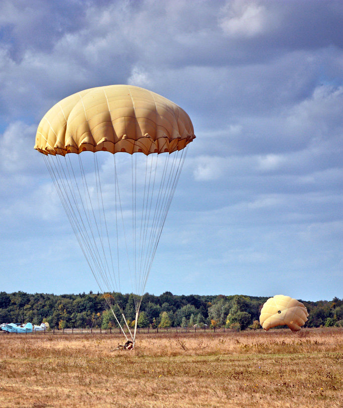 Example of Parachute Landing Fall