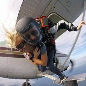 skydiving tandem sisters
