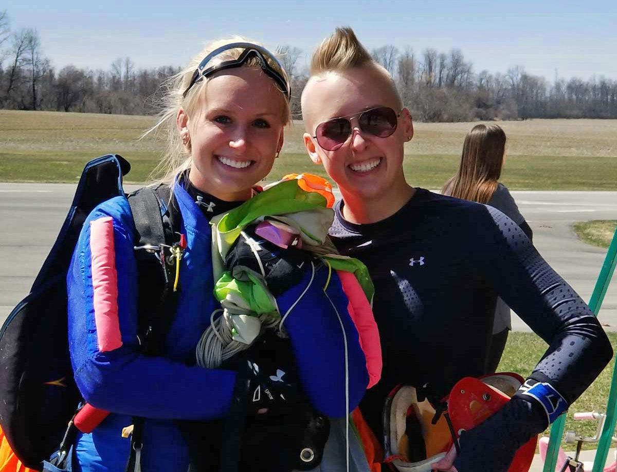 WNY Skydiving instructors team members